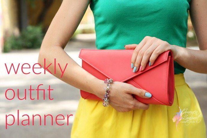 Get your downloadable Weekly wardrobe and outfit planner
